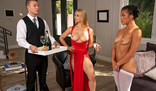 Хозяйка дома доминирует в групповухе над своей прислугой