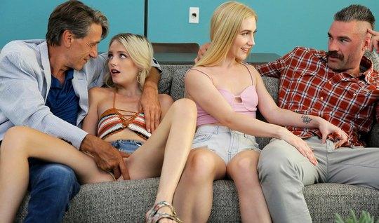 Молодые худые девушки подарили двум старикам групповой секс
